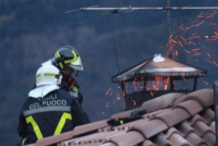 tl_files/file_e_immagini/files/NEWS/incendio_canna_fumaria.jpg